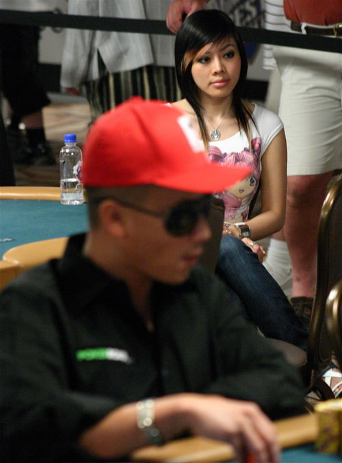 John_phan_wins_second_2008_wsop_bracelet