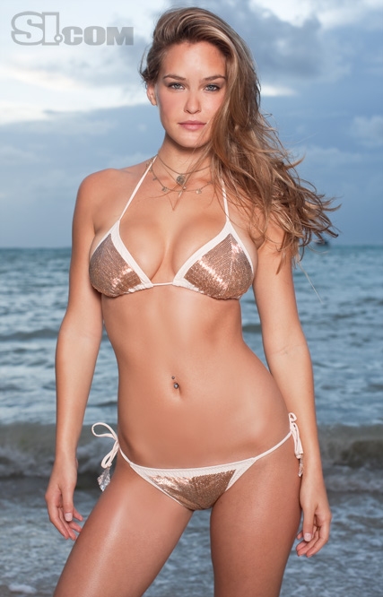 Bar_refaeli_swimsuit_1
