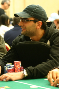 Antonio Esfandiari leads on Day 3 of the EPT Grand Final