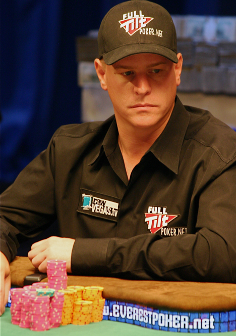 Full Tilt Poker pro Erick Lindgren wins first WSOP bracelet.
