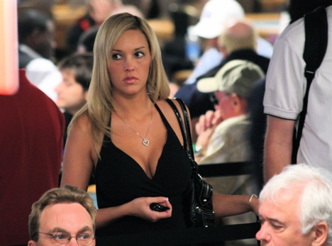 Hot railbird girl at the 2008 WSOP poker tournament