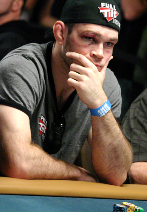 Forrest Griffin looking pretty before busting out of the 2008 WSOP Main Event
