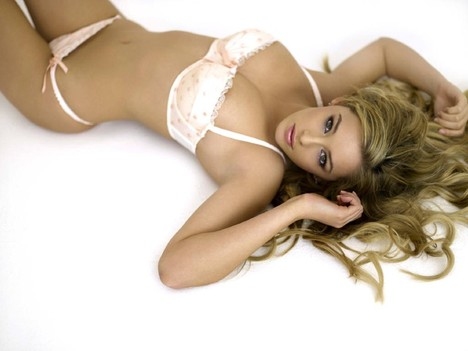 Keeley_hazell_wallpaper_2