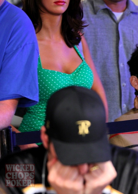 Phil Hellmuth denied 12th WSOP bracelet