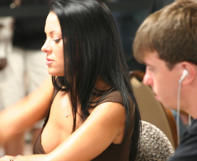Shannon Shorr is among leaders in Event No. 43 at the 2008 WSOP