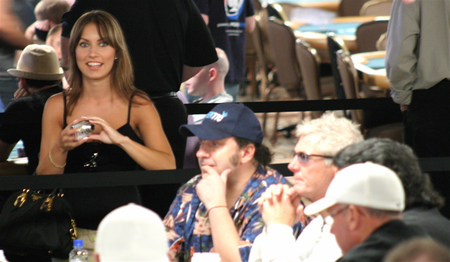 hot chick on the rail at the 2008 WSOP