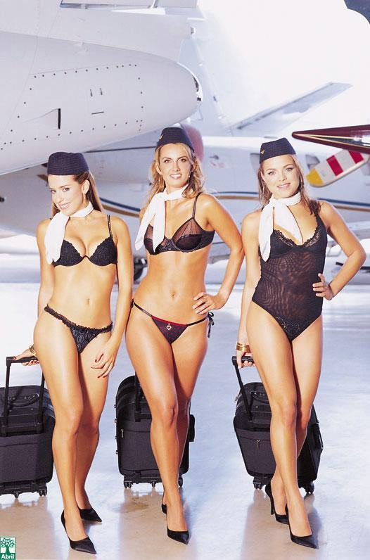 Naked Flight Attendant http://wickedchopspoker.blogs.com/my_weblog/2008/08/man-wins-21-mil.html